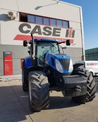 Se vinde: New Holland T 7050
